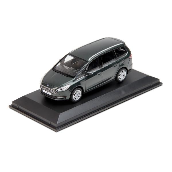 35010856_Galaxy_model_car.jpg
